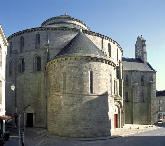 Dossier collectif églises et chapelles
