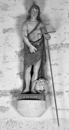 Statue de saint Jean Baptiste