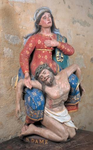 Groupe sculpté de la Vierge de Pitié