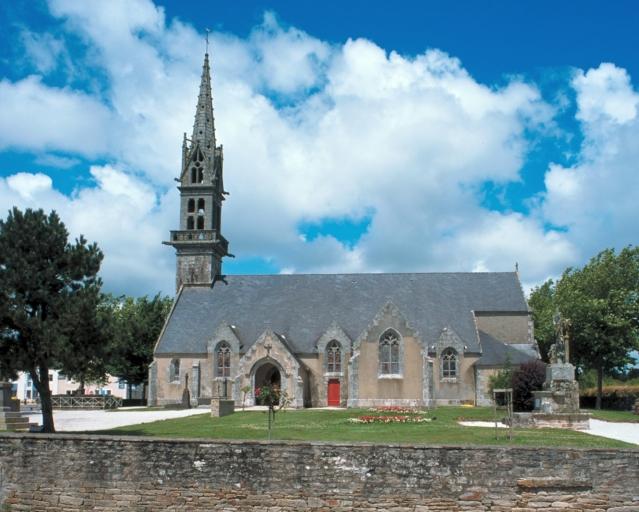 église paroissiale Saint-Pierre-aux-Liens