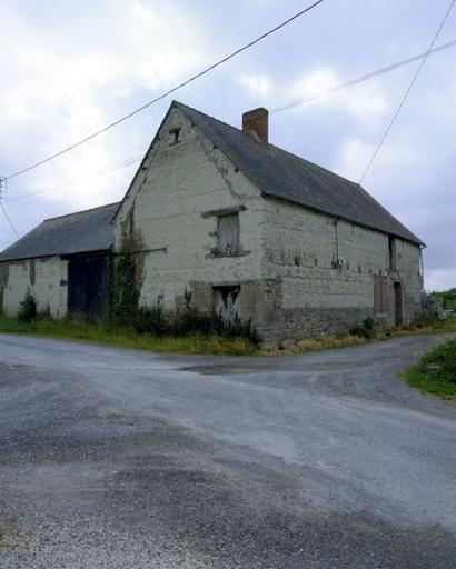 Présentation de la commune de Hirel ; Ferme, 5 rue de l' Aupinière (Hirel)