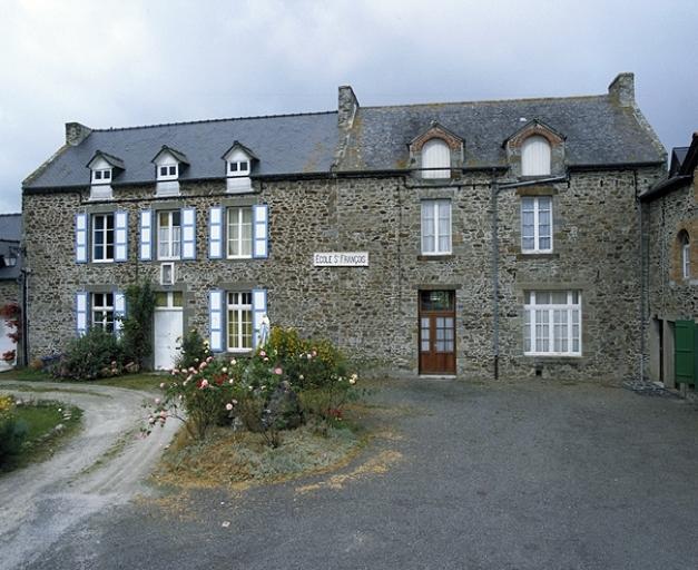 Maison, 7 rue des Ecoles (Hirel) ; Maison, 5 rue des Ecoles (Hirel)