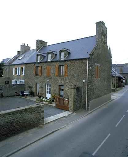 Maison, 18 rue de la Gare (Saint-Méloir-des-Ondes)
