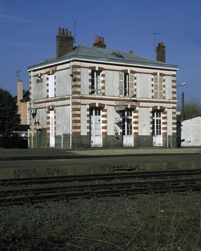 Gare, Limonay (Saint-Méloir-des-Ondes)