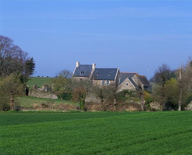 Présentation de la commune de Saint-Coulomb ; Demeure, Blanguenon (Saint-Coulomb)