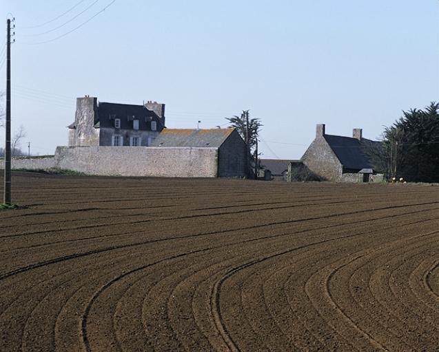 Demeure, la Ville Poulet (Saint-Coulomb)