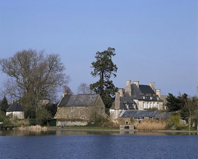 Château La Fosse Hingant (Saint-Coulomb)