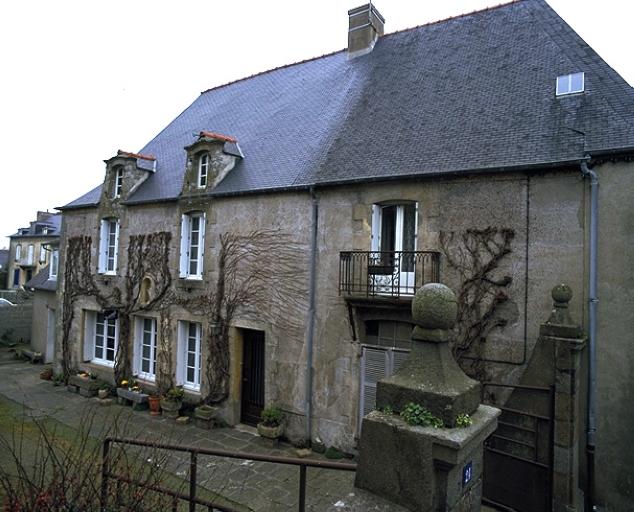 """Manoir (?), """"malouinière"""" dite de Monconseil, 24 rue du Port (Cancale)"""