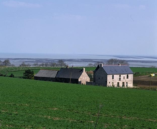Présentation de la commune de Saint-Méloir-des-Ondes ; Manoir du Grand Porcon (Saint-Méloir-des-Ondes)