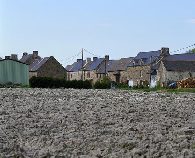 Écart, la Mulonnais (La Fresnais) ; Les écarts et village sur la commune de La Fresnais