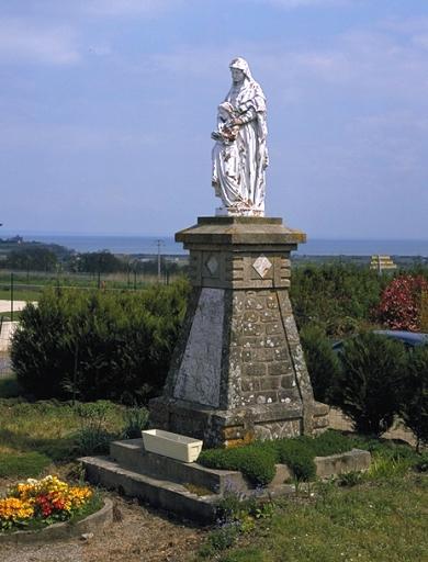 Monument, l'Education de la Vierge, rue de la Baie (Saint-Méloir-des-Ondes)