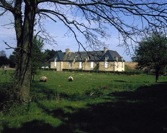 Château de la Motte-Jean (Saint-Coulomb)