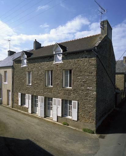 Maison, 2 rue du Bas Mouillé (Saint-Coulomb)