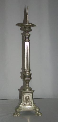 Ensemble de 4 chandeliers d'autel