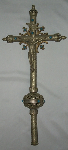 Ensemble de 2 croix de procession