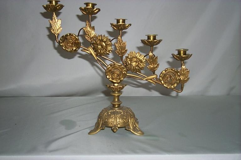 Série de 8 chandeliers d'autel