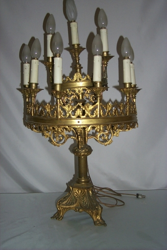 Série de 4 chandeliers d'autel
