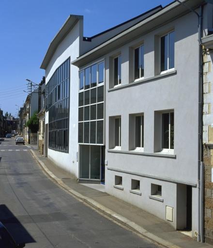 Usine de chaussures (usine de talons) Maunoir, actuellement bureau, 47, 49 rue Kléber (Fougères)