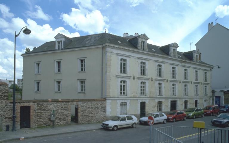 Tannerie Théophile Fouéré, actuellement entrepôt commercial et bureau, 19 rue Jean-Marie Duhamel (Rennes)