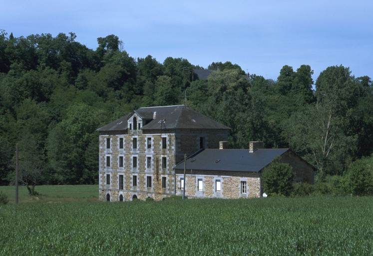 Moulin à blé de l'Angle, puis minoterie, puis laiterie industrielle dite Caséinerie de l'Angle (Antrain fusionnée en Val-Couesnon en 2019)