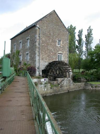 Moulin à farine du Mottay, actuellement maison (Evran) ; Moulin à farine du Mottay, actuellement maison, écluse du Mottay (Evran)