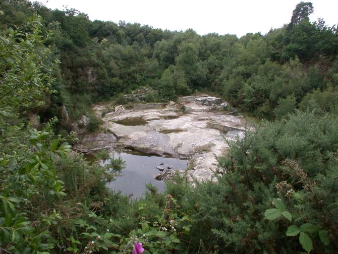 Carrière de granite et usine de taille de matériaux de construction Bignon (Brusvily)
