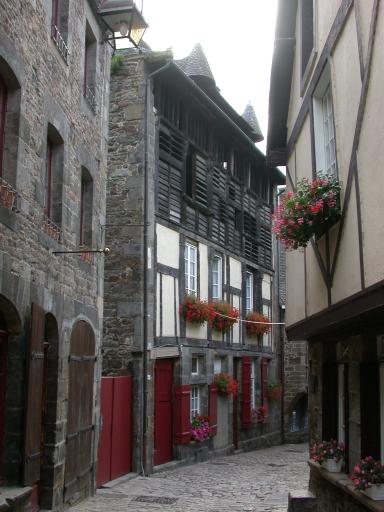Tannerie Corneille, actuellement maison, 49, 51 rue du Petit Fort (Dinan)