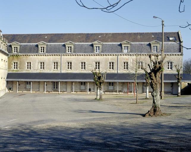 Ancien couvent d'ursulines, actuellement collège Jules Ferry (Quimperlé)