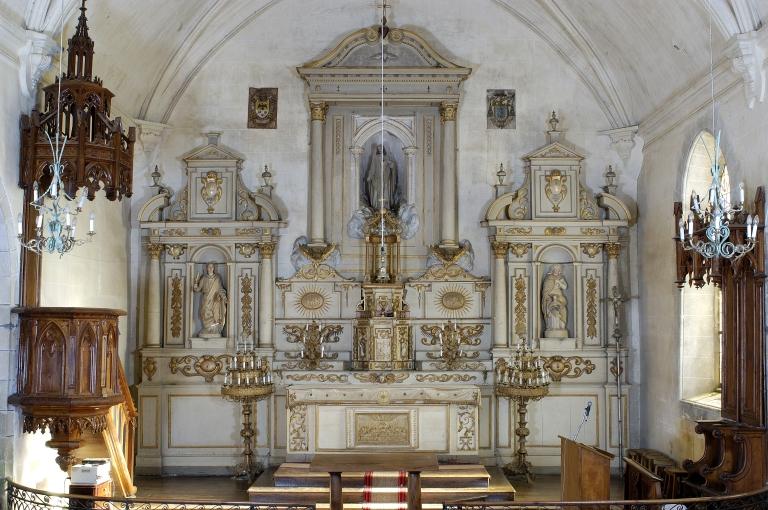 Ensemble du maître-autel: autel, retable, 3 gradins d'autel, 2 degrés d'autel, exposition