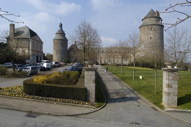 Château, rue de La Madeleine, rue d'Yaigne (Châteaugiron)