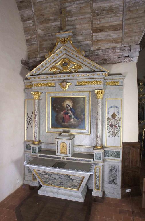 Ensemble de l'autel de la Vierge: autel, tabernacle, gradin d'autel, degré d'autel, retable (Saint-Aubin-du-Pavail fusionnée en Châteaugiron en 2017)