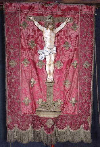 Bannière de procession: Saint Germain d'Auxerre; Christ en croix