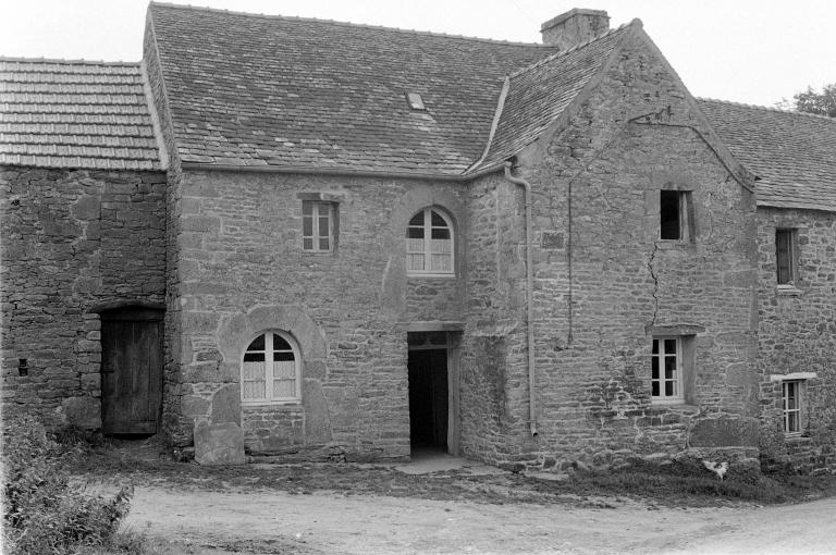 Ancienne maison de prêtre, Saint-Maudez (Sizun)