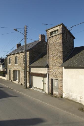Scierie Panaget, puis usine de menuiserie Panaget, 15-17 rue de l'ancienne mairie (Bourgbarré) ; Architecture commerciale, artisanale ou industrielle sur la commune de Bourgbarré