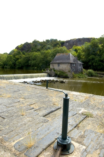 Moulin à blé du Boël (Bruz) ; Architecture commerciale, artisanale ou industrielle sur la commune de Bruz