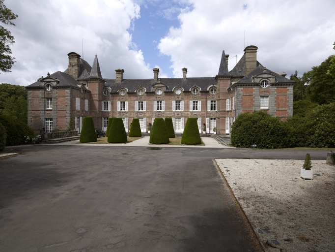 Château de Monthorin (Louvigné-du-Désert)