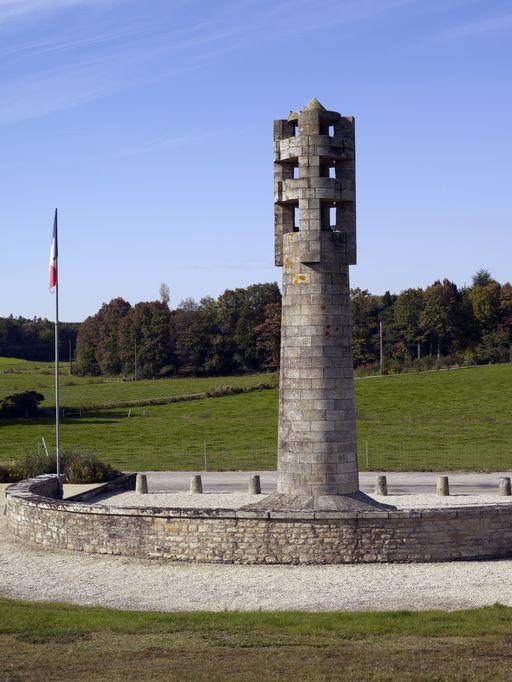 Monument aux morts de la Résistance, près de la Nouette (Sérent)