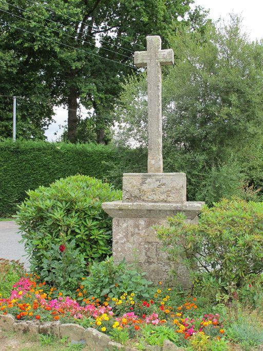 Croix de chemin 2, la Touche Carné (Le Roc-Saint-André fusionnée en Val d'Oust en 2016)