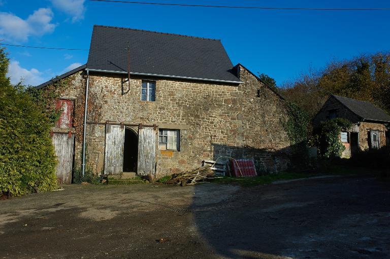 Maison, Les Bois (Dompierre-du-Chemin fusionnée en Luitré-Dompierre en 2019)