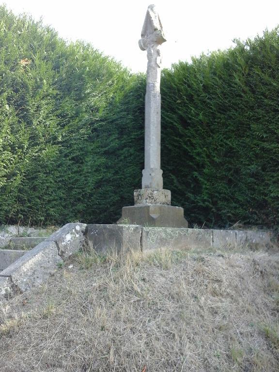 Croix du Jubilé, rue de la poste, (L'Hermitage)