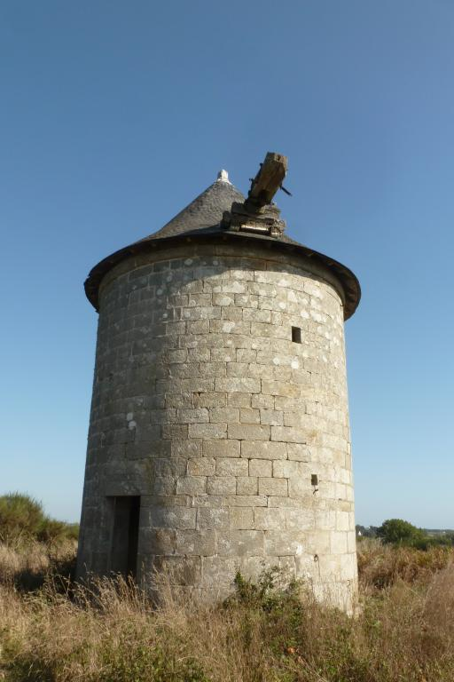 Moulin de Kerhas, près de Kerhas Bras (Primelin) ; Les moulins (Primelin)