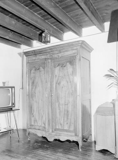armoire (272)