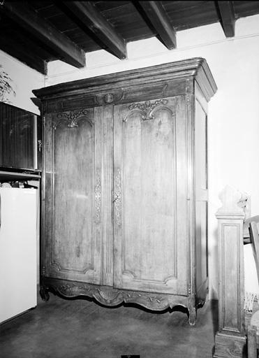 armoire (268)