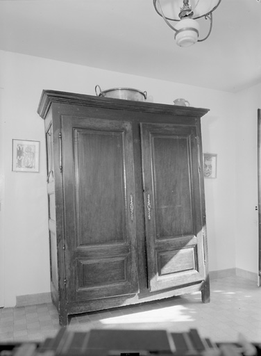 armoire (322)