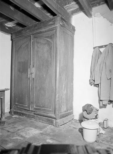 armoire (307)
