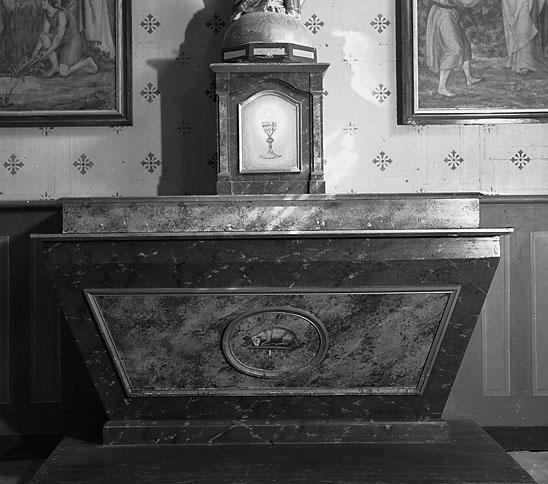 Autel, tabernacle (autel secondaire, autel tombeau)
