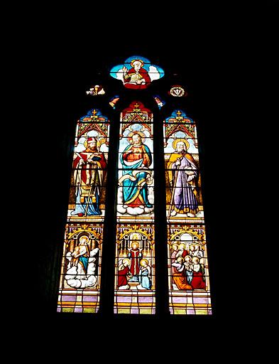 Verrière (maîtresse-vitre) : saint Bonnet, Sacré-Coeur, saint Barnabé