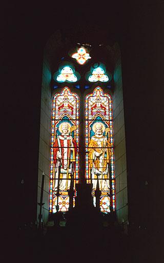 Verrière à personnages (maîtresse-vitre) : saint Ausone, saint Pallade