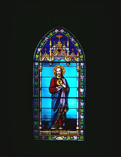 Verrière figurée (maîtresse-vitre) : Sacré-Coeur