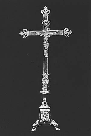 Croix et 6 chandeliers d'autel